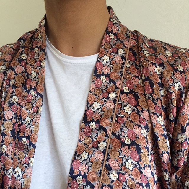 DETAILS (Floral kimono: one size / SOLD)