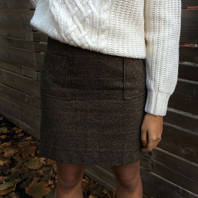 Wool skirt / size 8 / $20