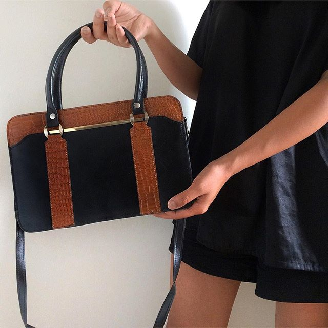 Leather handbag made in Argentina (lining made of cowhide) with short & long strap /  SOLD