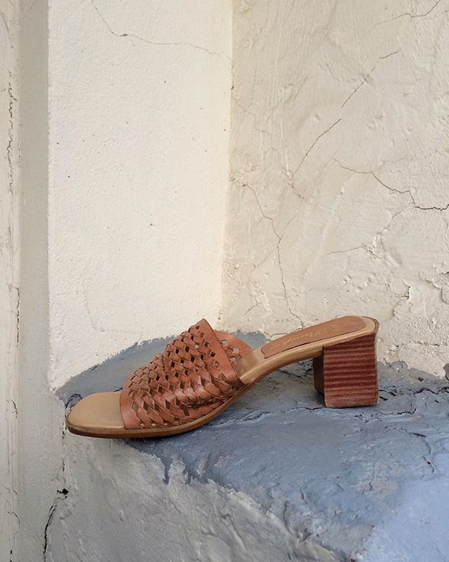 Genuine leather block-heel sandals with woven details / size 5 / SOLD