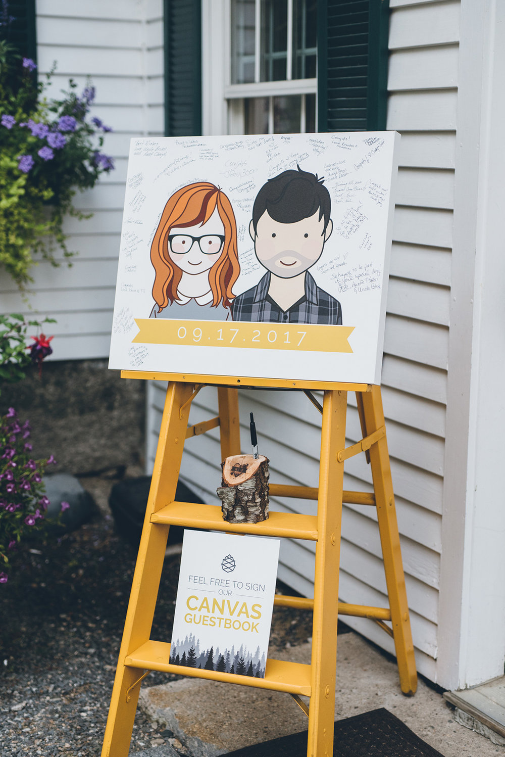 Canvas guestbook ladder. Alternative guestbook.Mountain and forest DIY wedding.