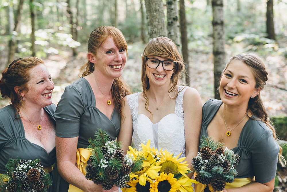 Sunflower bridesmaids necklaces.Mountain and forest DIY wedding.
