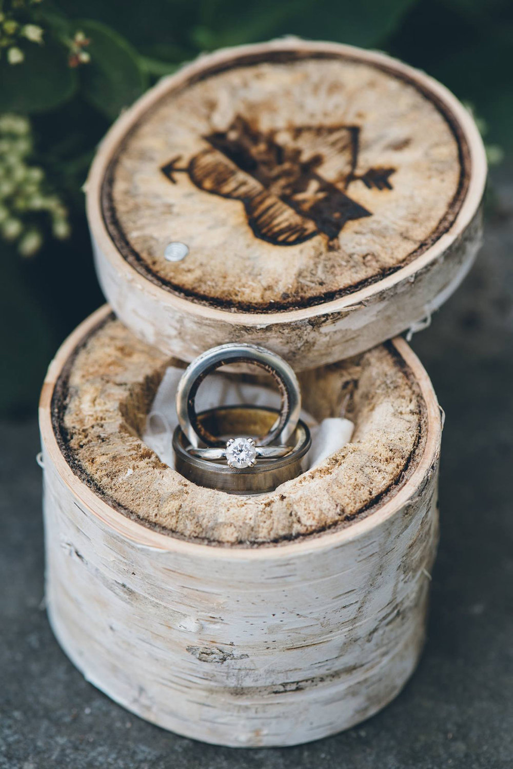 Birch tree wedding ring box. Mountain and forest DIY wedding.