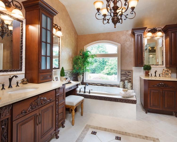 Traditional Master Bath — Vintage House Design 716.708.1140