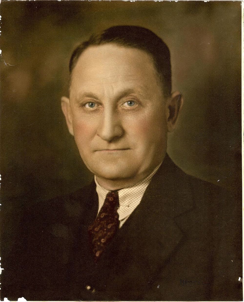Dr. Lev