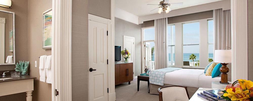 guestroom_oceanview_1king_victorian_1370x550.jpg