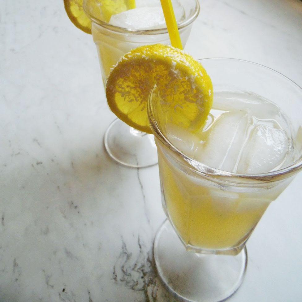 coocnut lemonade.JPG
