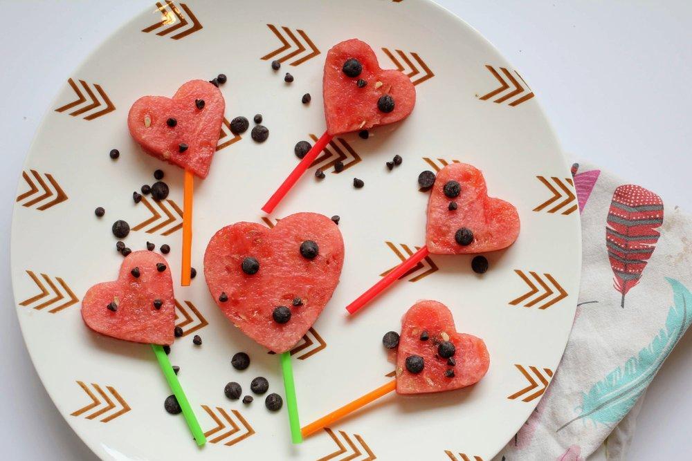 valentine snacktivities