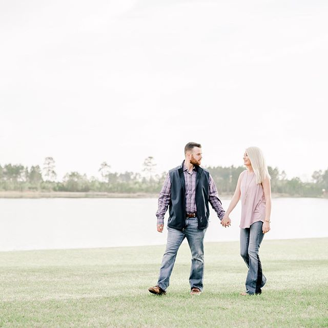 Love how they love one another. I will see these two again in October unless they join me for the 1st Annual SRP gathering then maybe a bit sooner. 🥰 Gah we should grab a coffee before then @lindseywilliford and @papa_patisaul. 😊 . . . #srambophoto  #gaengagementphotographer  #albanygaphotographer  #thepeachbarn  #peachbarntiftonga  #gaweddingphotographer  #engagementphotos