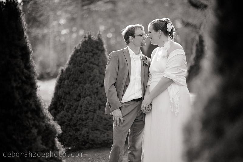 Maine Wedding Photography Maine Wedding Ogunquit Wedding York Wedding DIY Wedding Sunflower Wedding Details  Deborah Zoe Photo043