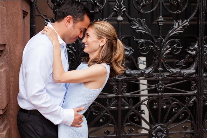 deborah zoe photography boston wedding photographer back bay engagement session boston pedi cab lansdowne pub0029.JPG