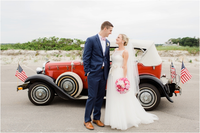 Couple with antique car on wedding day photographed by Deborah Zoe Photography.