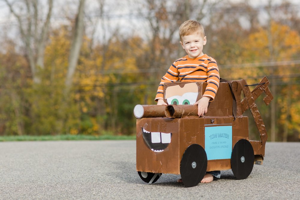 In 2015 Jonathan was Tow Mater from Cars, he was and still is obsessed with the movie!! Again my parents made this costume out of cardboard, duck tape and empty Pringle containers!!