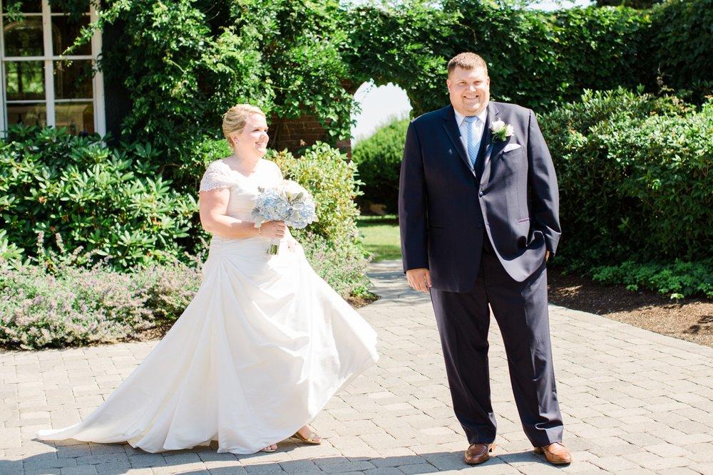 misselwood_endicott_college_wedding_photos_00021.JPG