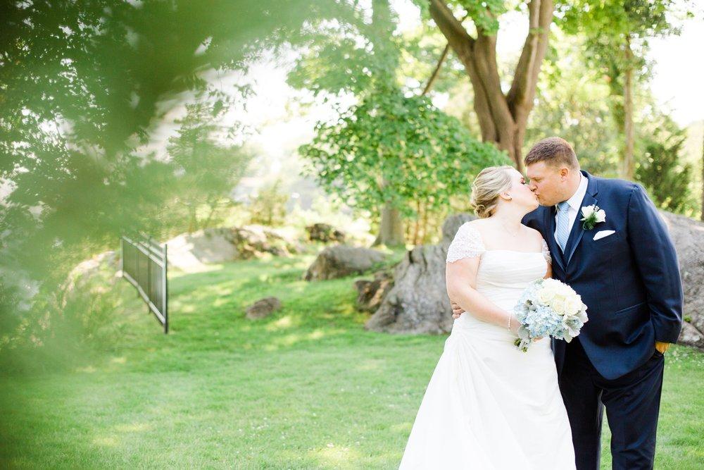 misselwood_endicott_college_wedding_photos_00025.JPG