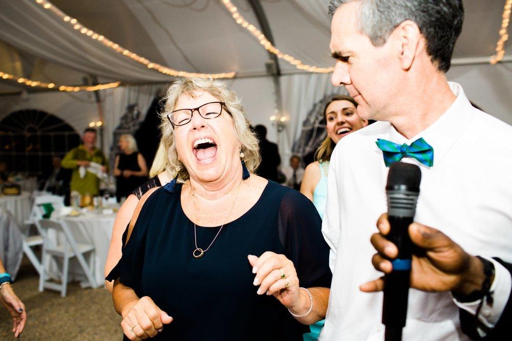misselwood_endicott_college_wedding_photos_00093.JPG