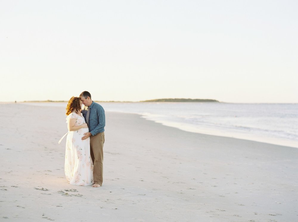 crane_beach_maternity_session_01449.JPG