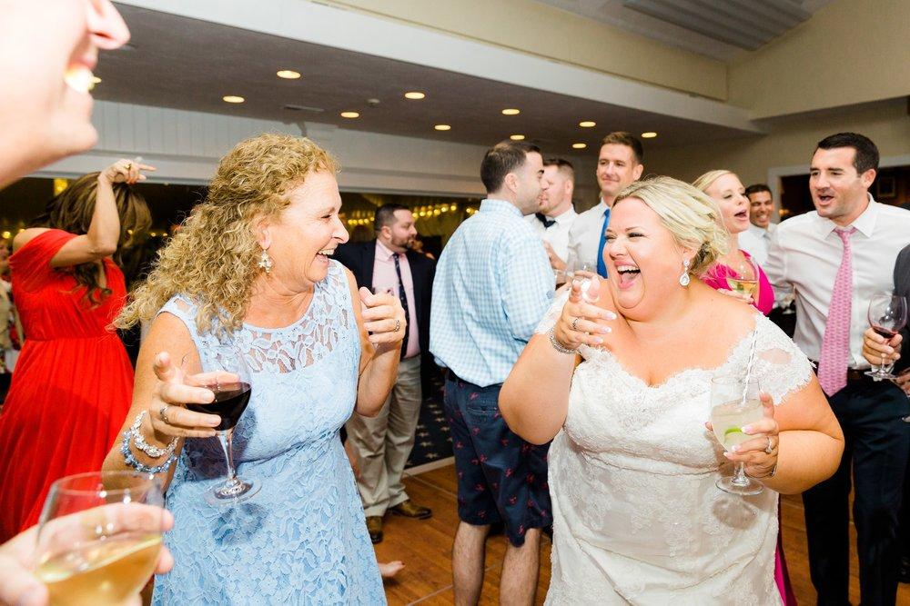 scituate_harbor_yacht_club_wedding_00047.JPG