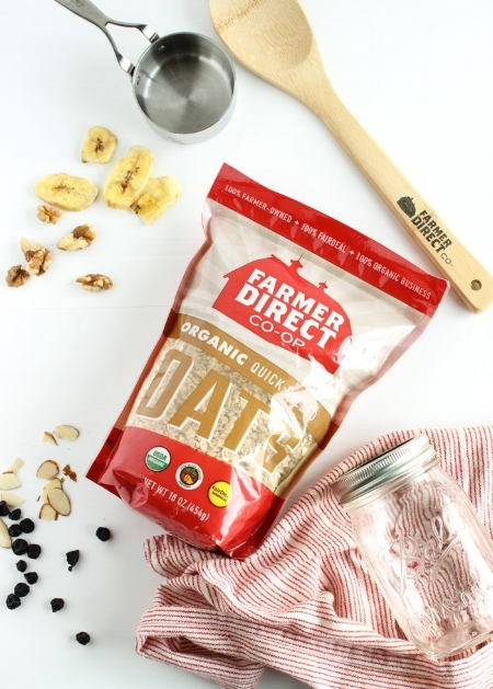 Homemade Instant Oatmeal Packets - an healthy, easy solution to hectic mornings!