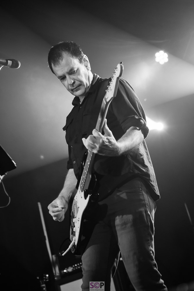 the wedding present david gedge on stage stephanie colledge photography-2.jpg