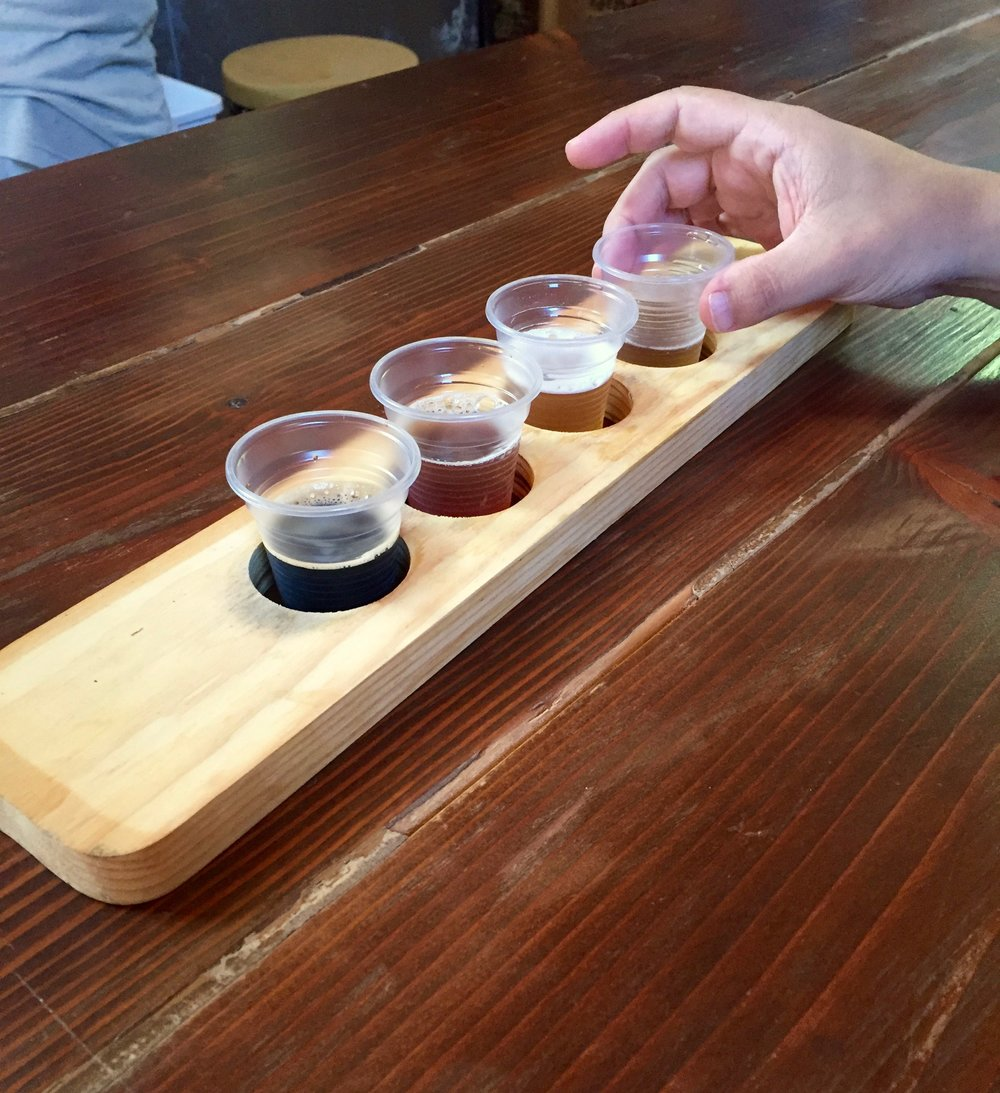 honey hollow brewing co tasting flight