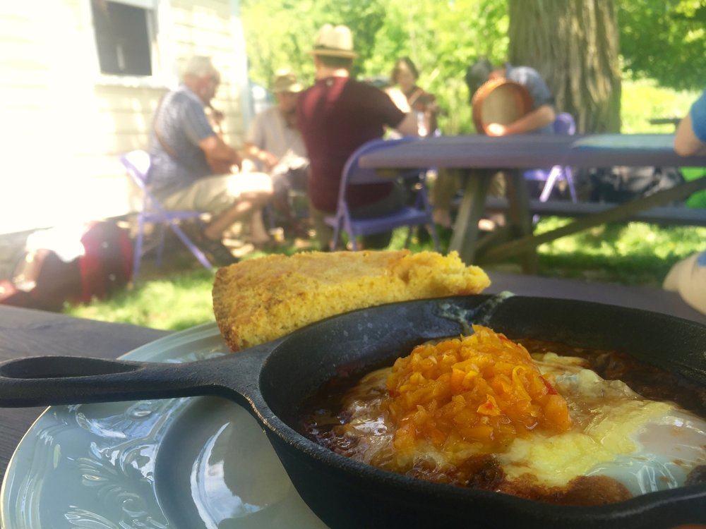 Brunch and traditional Irish music at Heather Ridge Farm