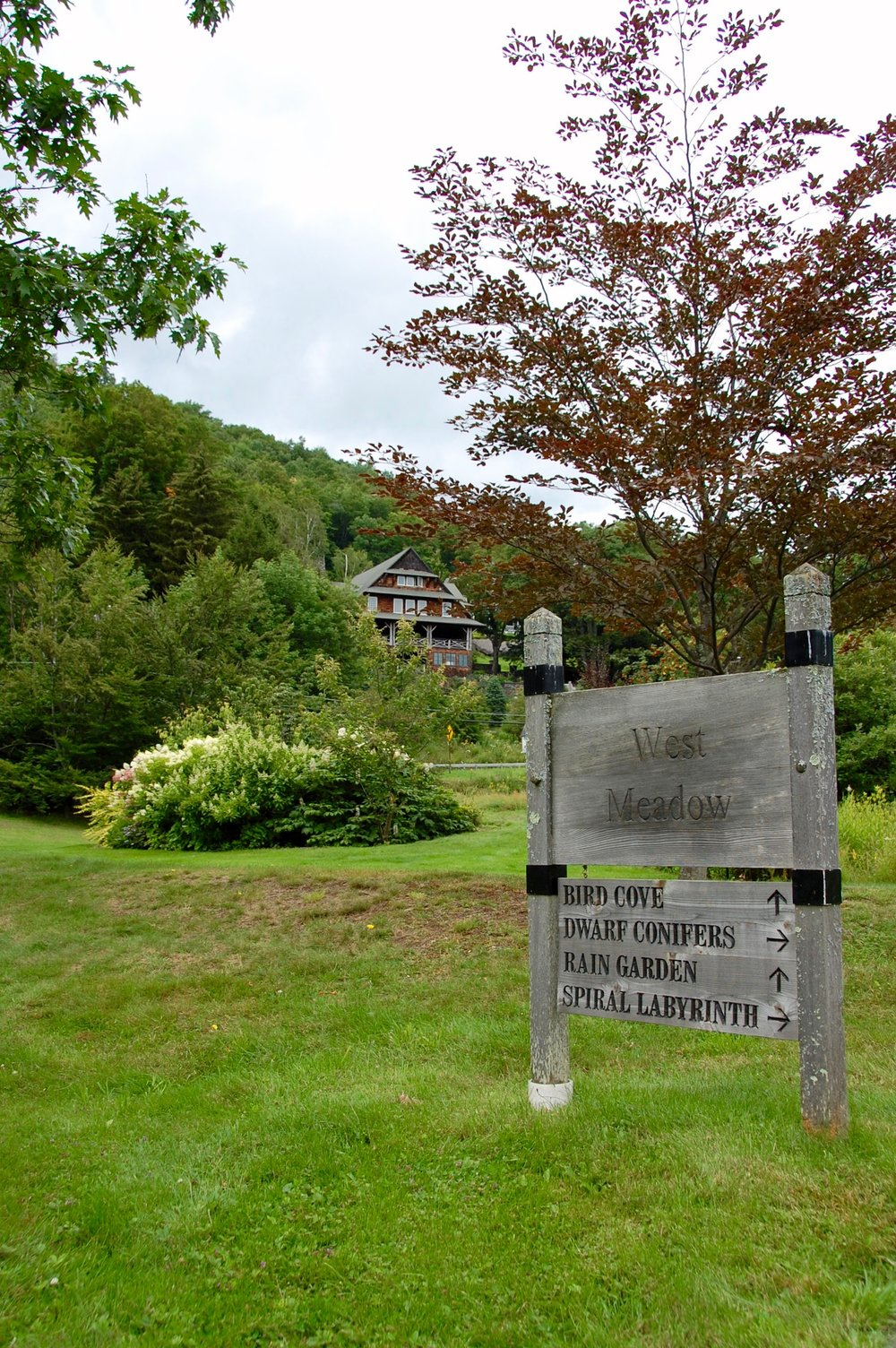 mountaintop arboretum sign