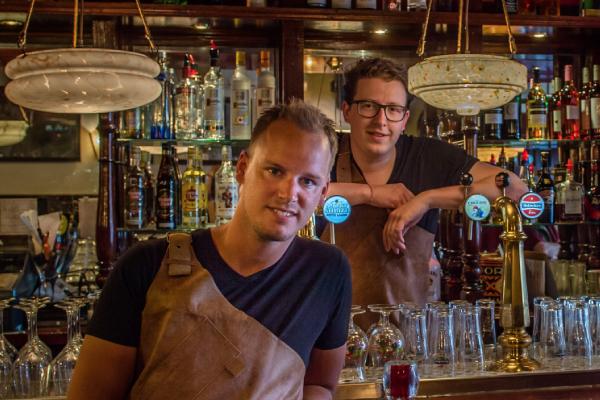 barmannen met ervaring in speciaalbier en wijn, frits groeneveld en martijn de frankrijker