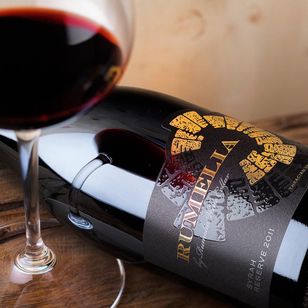 Rode wijn bij Wijnbar & Tapperij Den Olifant in Apeldoorn