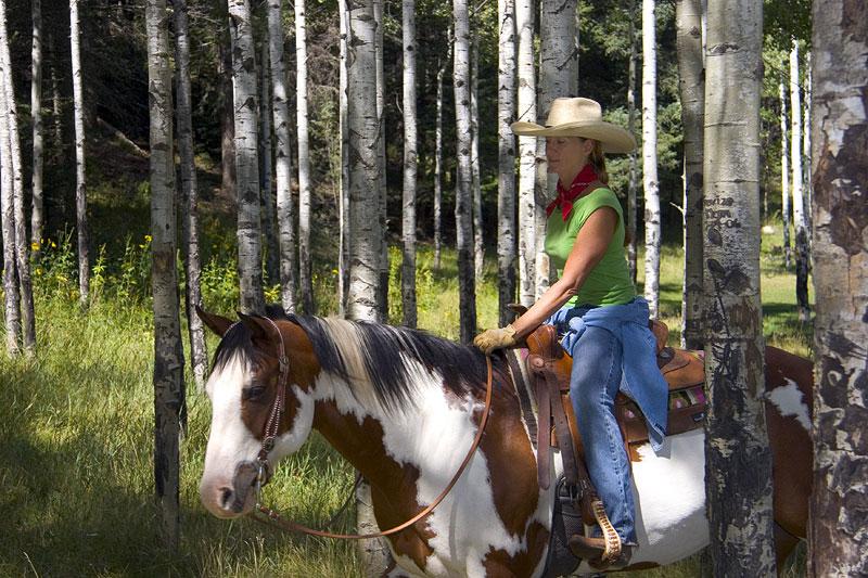 Horseback-Riding-097-800x600.jpg