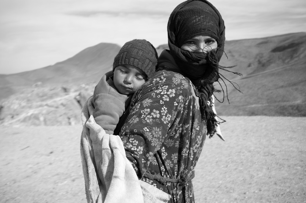 Berber woman with child. Photo by Eric Verdaasdonk