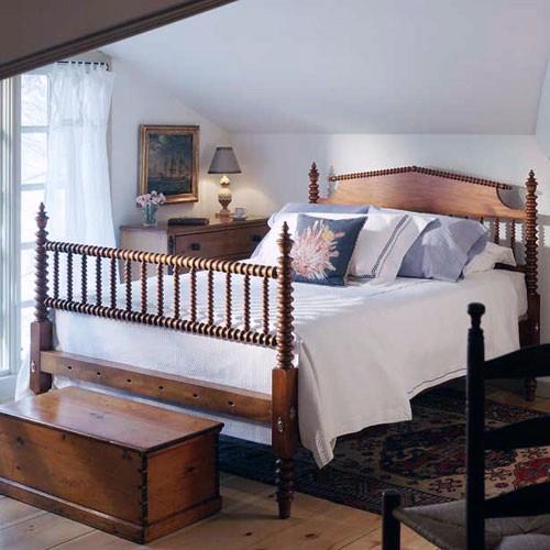 hazel spool lowpost bed — leonards antiques
