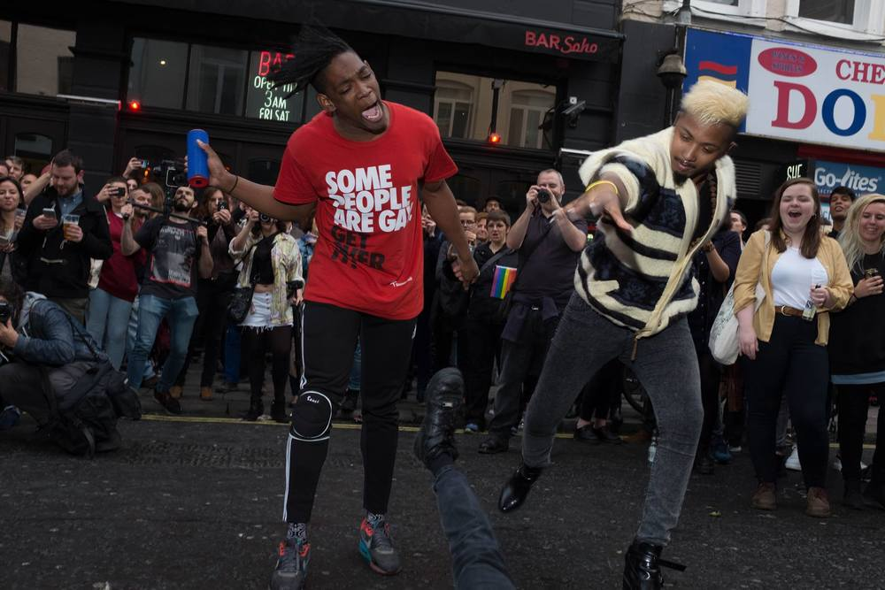 Jay Jay with D'relle Khan voguing for the crowd//Photo by David Morrison  http://dcmphoto.ne