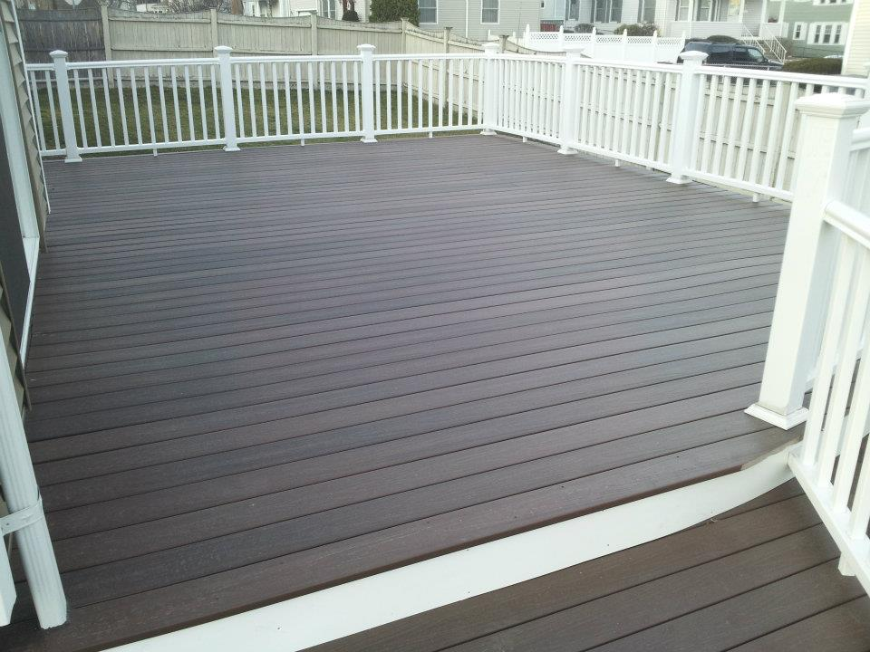 finished-deck-waltham-ma
