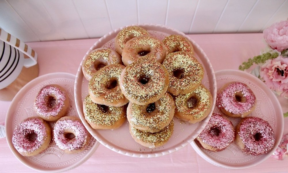 pink-the-town-doughnut-party-5-1024x615.jpg