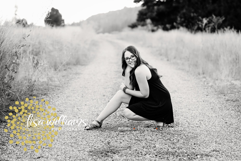 Lisa Williams photography – grass valley portrait photographer- senior portrait photographer- northern California senior portraits- Nevada county senior portraits – Colfax Senior Portraits – Rocklin Senior Portraits- Roseville Senior Portraits – t-31.jpg