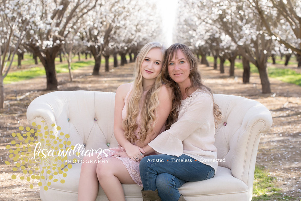 Lisa Williams photography – grass valley portrait photographer- senior portrait photographer- northern California senior portraits- Nevada county senior portraits – Colfax Senior Portraits – Rocklin Senior Portraits- Roseville Senior Portraits – t-21.jpg