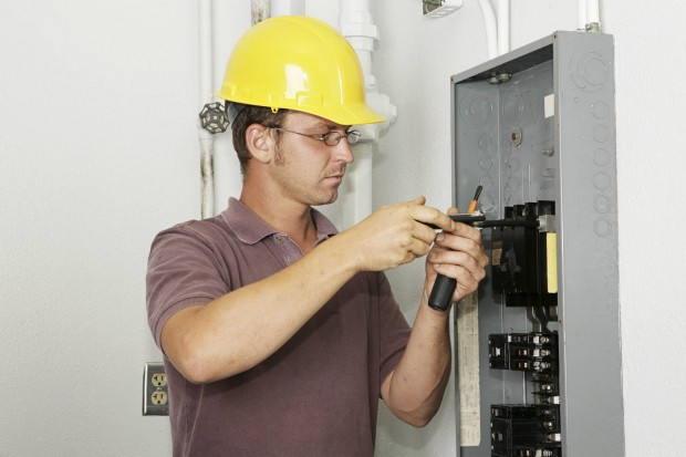 Electrician-620x413.jpg