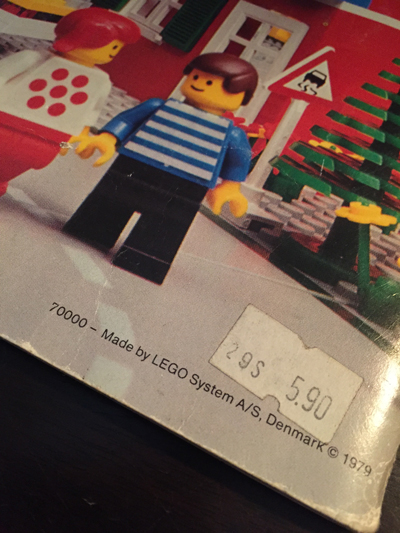 LegoBook2.jpg