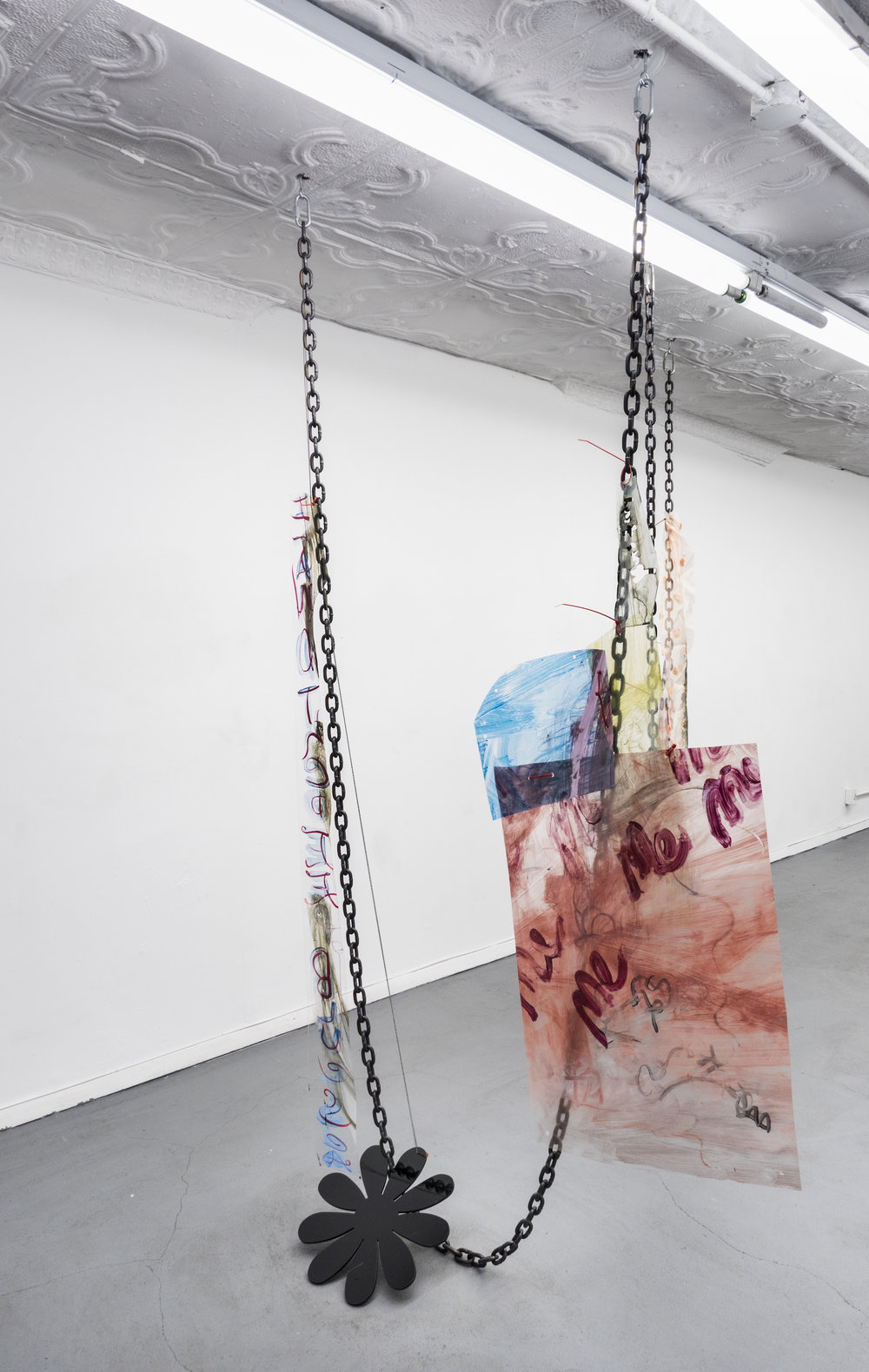 Raque Ford,  DaisyME,  2017, Acrylic paint on polypropelene, steel chain, ball chain, zip ties and acrylic, 86 x 32 in