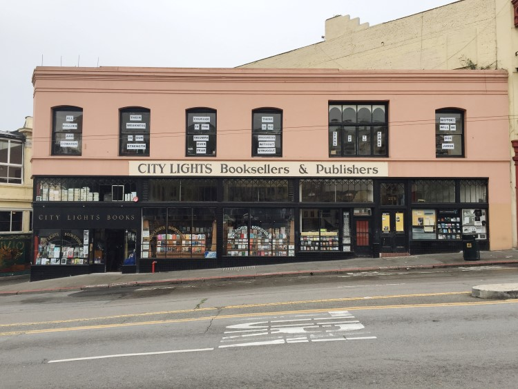 City Lights Books,261 Columbus - So the most obvious thing for me is City Lights, aka my spiritual home. If you didn't know, this is basically the heart of the Beat Generation and the San Francisco Renaissance. Founded in 1953 by Lawrence Ferlinghetti, the book store and publishing house are well known for publishing Allen Ginsberg's Howl (which was the subject of a widely publicised obscenity trial in 1957) among hundreds of other titles.