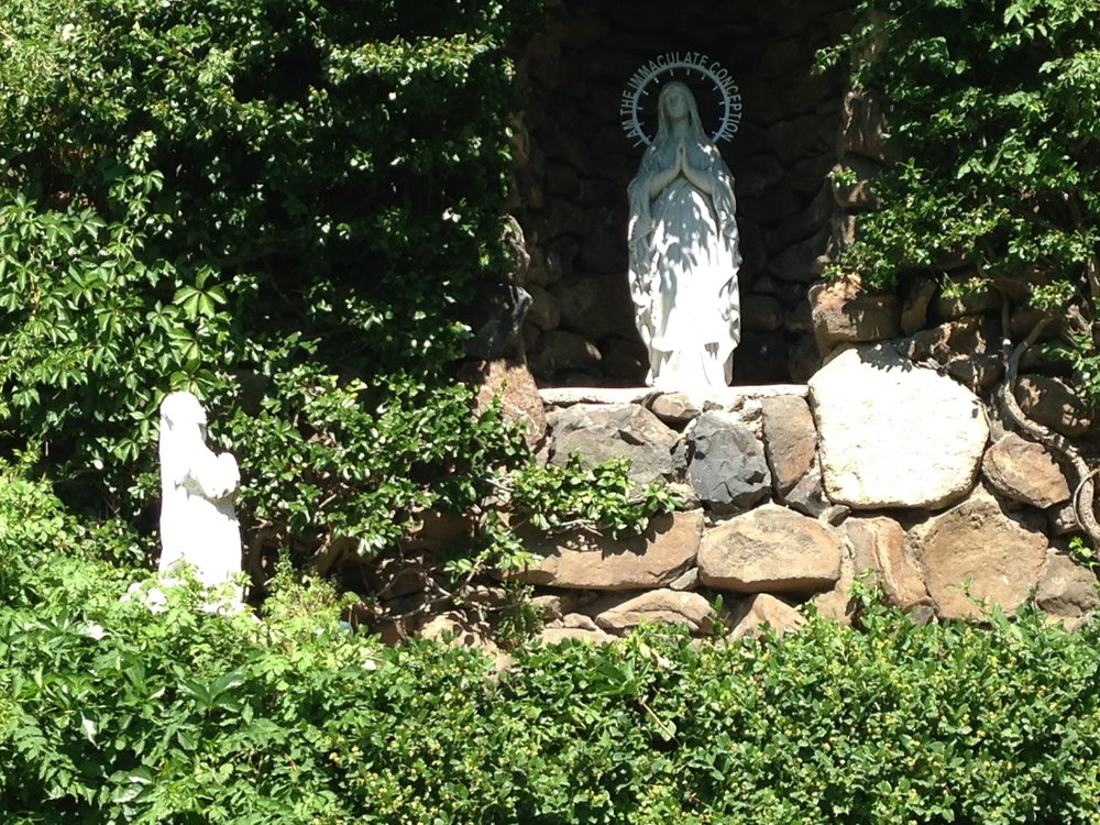 The grotto was built by an injured Jesuit brother who promised to build the Virgin Mary a grotto if he were healed.  He clearly kept his promise.