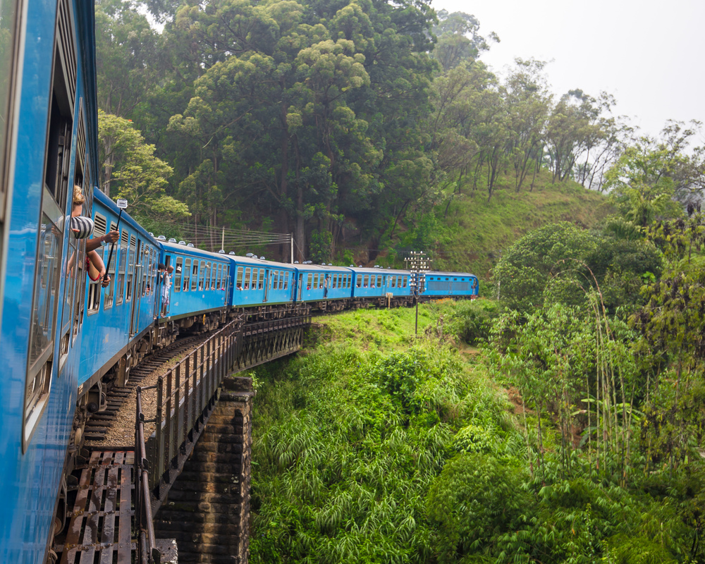 Podi Menike Train Sri Lanka