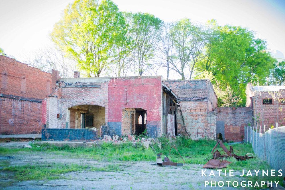 Abandoned-Building-Whitner-St.-1web.jpg