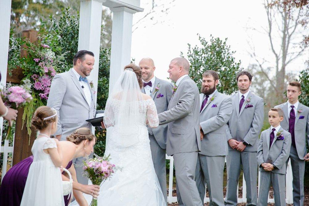 falloutdoorsouthernwedding-118.jpg