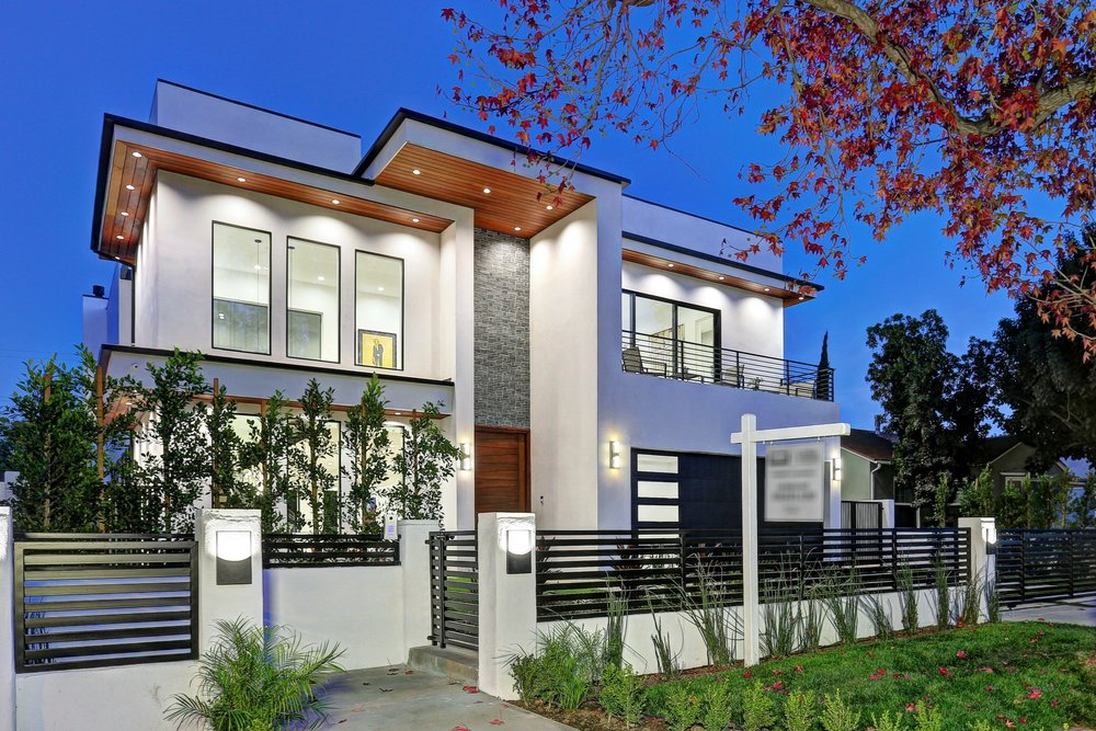 North Hollywood - Contemporary