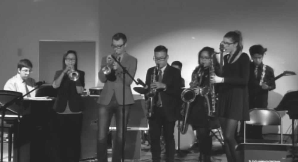 #hedoesntevengohere  Guest Artist Simon Christie jams with Improv at the 2015 Winter Jazz Concert