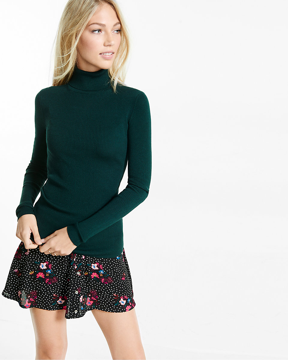 express sweater.jpeg