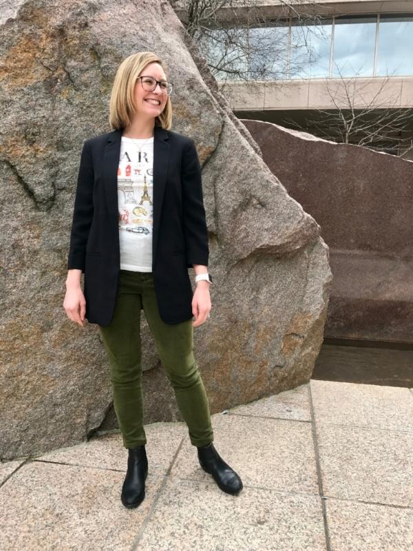 Four Ways To Style Olive Green Pants Magenta Blazer