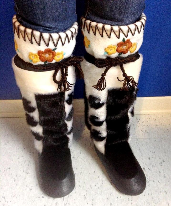 Iqaluit Auction Bid seal skin boots